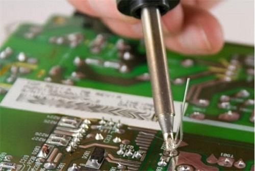 Học nghề sửa chữa tivi
